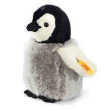 Flaps the Penguin by Steiff