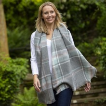 Ladies Grey Checked Scarf